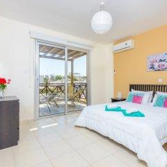 Отель Konnos Beach Villa 3 комната для гостей фото 2