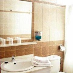 Отель Quitagolpe Испания, Херес-де-ла-Фронтера - отзывы, цены и фото номеров - забронировать отель Quitagolpe онлайн ванная фото 2