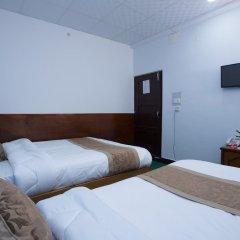 Отель OYO 198 Hotel Lake Diamond Непал, Покхара - отзывы, цены и фото номеров - забронировать отель OYO 198 Hotel Lake Diamond онлайн комната для гостей фото 3