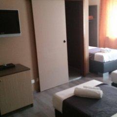 Отель Prince de Liege Бельгия, Брюссель - отзывы, цены и фото номеров - забронировать отель Prince de Liege онлайн комната для гостей фото 3