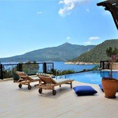 Villa Yellow Турция, Калкан - отзывы, цены и фото номеров - забронировать отель Villa Yellow онлайн бассейн фото 2