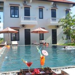 Отель Hoi An Red Frangipani Villa с домашними животными
