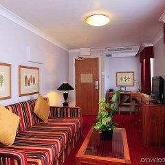 Отель Holiday Inn London - Kensington Лондон комната для гостей фото 5