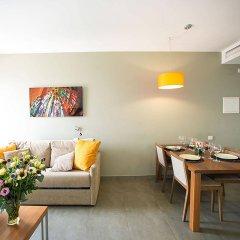 Отель Ona Living Barcelona Испания, Оспиталет-де-Льобрегат - 1 отзыв об отеле, цены и фото номеров - забронировать отель Ona Living Barcelona онлайн комната для гостей фото 2
