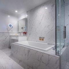 Отель Beverly Hills Plaza Hotel США, Лос-Анджелес - отзывы, цены и фото номеров - забронировать отель Beverly Hills Plaza Hotel онлайн ванная фото 2