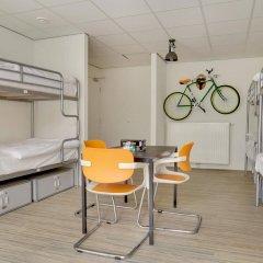 Отель Dutchies Hostel Нидерланды, Амстердам - отзывы, цены и фото номеров - забронировать отель Dutchies Hostel онлайн комната для гостей фото 3