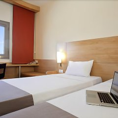 Ibis Hotel Plzen Пльзень комната для гостей фото 5