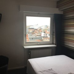 Отель Queen Anne Hotel Бельгия, Брюссель - 12 отзывов об отеле, цены и фото номеров - забронировать отель Queen Anne Hotel онлайн комната для гостей фото 5