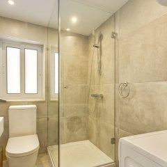 Отель Marvellous Seafront Apartment in the Best Location Мальта, Слима - отзывы, цены и фото номеров - забронировать отель Marvellous Seafront Apartment in the Best Location онлайн ванная