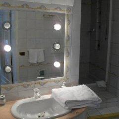 Отель Holidays Baia D'Amalfi Италия, Амальфи - отзывы, цены и фото номеров - забронировать отель Holidays Baia D'Amalfi онлайн ванная