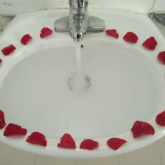 Отель Valentine Hotel Вьетнам, Хюэ - отзывы, цены и фото номеров - забронировать отель Valentine Hotel онлайн ванная