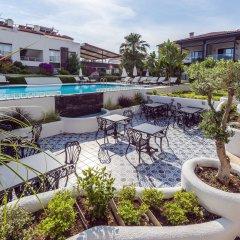 Отель Diana Residence бассейн