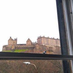 Отель The Edinburgh Castle Suite Эдинбург