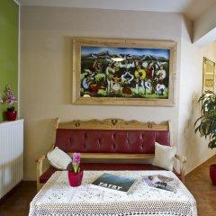 Отель Pensjonat Zakopianski Dwór комната для гостей