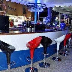 Отель Club Dena гостиничный бар