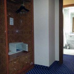 Tower Genova Airport Hotel & Conference Center Генуя сейф в номере