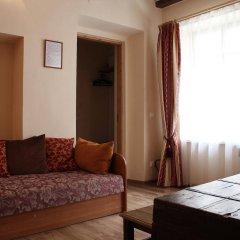 Отель Bernardinu B&B House Литва, Вильнюс - 5 отзывов об отеле, цены и фото номеров - забронировать отель Bernardinu B&B House онлайн комната для гостей фото 2