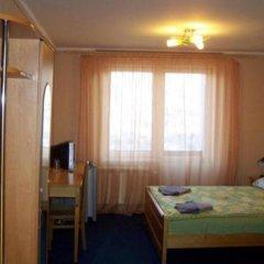 Отель Aratta Поляна комната для гостей