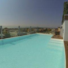Hotel City бассейн
