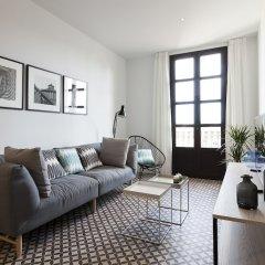 Апартаменты Aspasios Poblenou Apartments комната для гостей фото 4