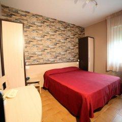 Hotel Velus Чивитанова-Марке комната для гостей фото 3