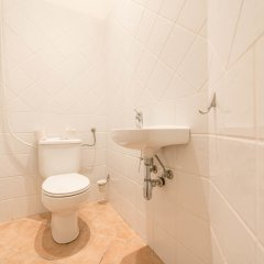Апартаменты Oasis Apartments - Liszt Ferenc square Будапешт ванная фото 2