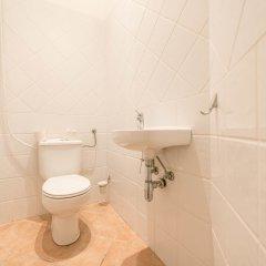 Апартаменты Oasis Apartments - Liszt Ferenc square ванная фото 2