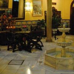 Отель Reina Cristina фото 3