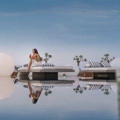 Отель Mediterranean Beach Palace Hotel Греция, Остров Санторини - отзывы, цены и фото номеров - забронировать отель Mediterranean Beach Palace Hotel онлайн приотельная территория