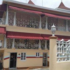 Отель Gibbs Chateau Ямайка, Монтего-Бей - отзывы, цены и фото номеров - забронировать отель Gibbs Chateau онлайн бассейн
