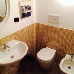 Отель Abbey Hostel Италия, Генуя - отзывы, цены и фото номеров - забронировать отель Abbey Hostel онлайн ванная