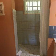 Отель Sugarapple Inn ванная фото 2
