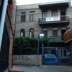 Old Town Hostel Тбилиси вид на фасад фото 2