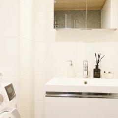 Отель Roost Vuori Финляндия, Хельсинки - отзывы, цены и фото номеров - забронировать отель Roost Vuori онлайн ванная