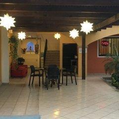 Отель Plaza Los Arcos Мексика, Сан-Хосе-дель-Кабо - отзывы, цены и фото номеров - забронировать отель Plaza Los Arcos онлайн интерьер отеля