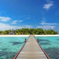 Отель Banyan Tree Vabbinfaru Мальдивы, Остров Гасфинолу - отзывы, цены и фото номеров - забронировать отель Banyan Tree Vabbinfaru онлайн приотельная территория фото 2