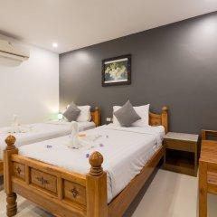 Отель VITS Patong Dynasty комната для гостей фото 8