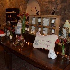 Отель Castello di Limatola Сан-Никола-ла-Страда гостиничный бар