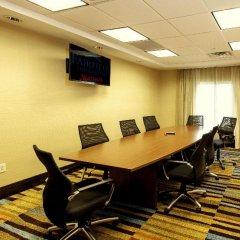 Отель Fairfield Inn & Suites by Marriott Meridian