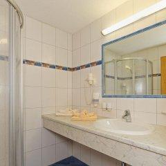 Отель Ländenhof Австрия, Майрхофен - отзывы, цены и фото номеров - забронировать отель Ländenhof онлайн ванная