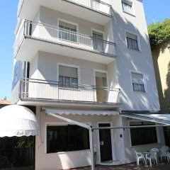 Hotel Pigalle вид на фасад фото 2