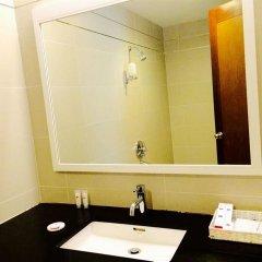 Nhi Phi Hotel ванная