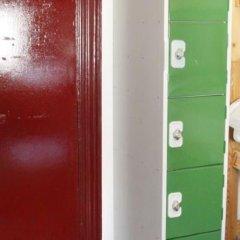 PubLove @ The Green Man - Hostel сейф в номере