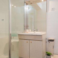 Отель Appartement moderne et convivial Франция, Ницца - отзывы, цены и фото номеров - забронировать отель Appartement moderne et convivial онлайн ванная