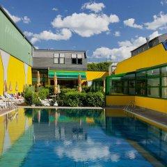 Отель Vienna Sporthotel бассейн фото 2