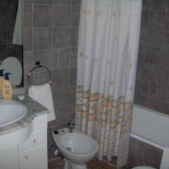 Отель Hostal Restaurante Arasa ванная
