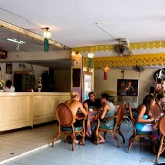 Отель Sawasdee Welcome Inn Таиланд, Бангкок - 3 отзыва об отеле, цены и фото номеров - забронировать отель Sawasdee Welcome Inn онлайн развлечения