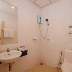 Отель Sugar Ohana Poshtel ванная