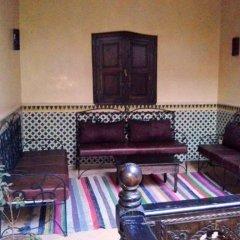 Отель Riad Boutouil фото 2