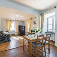 Апартаменты P&O Old Town Варшава комната для гостей